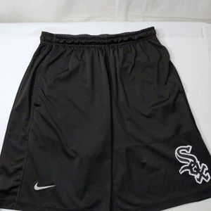 Men's Chicago White Sox Nike Black shorts